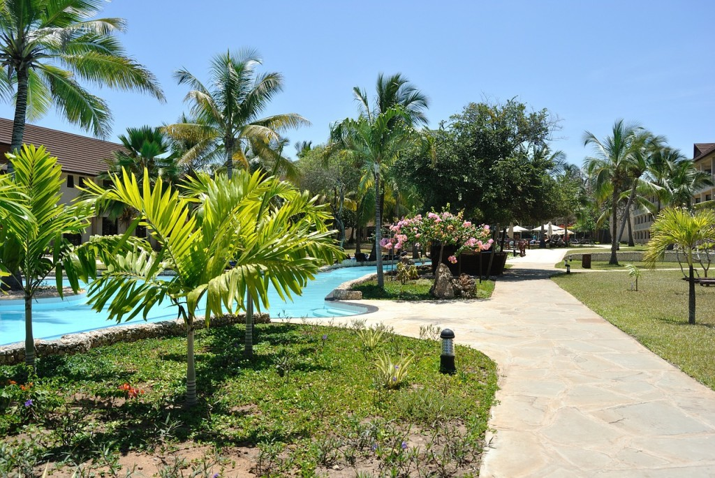 resort-410676_1280