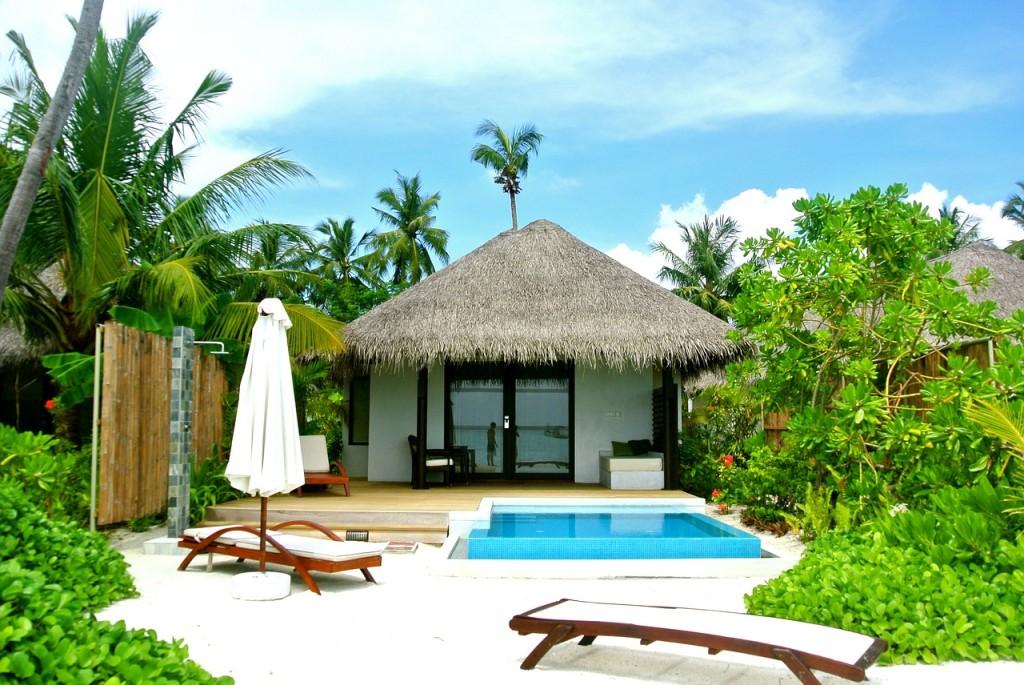 maldives-262523_1280